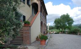 Foto esterno dell'agriturismo biologico Bellaria a Volterra